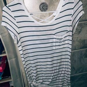 Tops - Basic striped tee💕